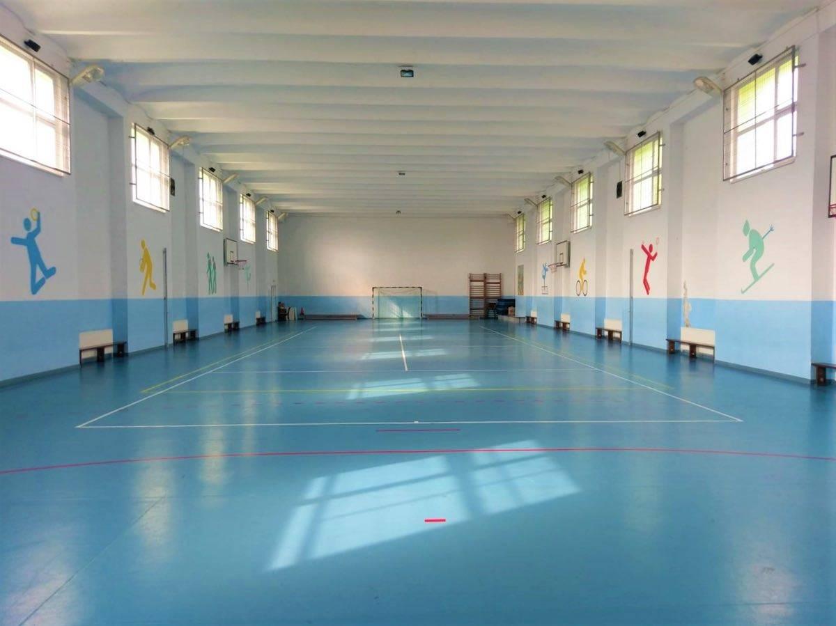 Sala-de-sport-scoala-moinesti-site