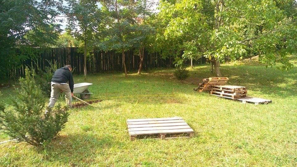 mini amfiteatru in aer liber moinesti